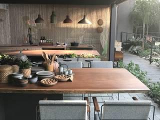 Armários de cozinha  por Luísa Nascimento - Homify