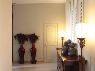 RISTRUTTURAZIONE APPARTAMENTO A MILANO Ingresso, Corridoio & Scale in stile asiatico di Studio Architettura Macchi Asiatico