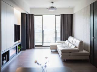 Project | X宅 现代客厅設計點子、靈感 & 圖片 根據 DUOLE 掇樂設計 現代風