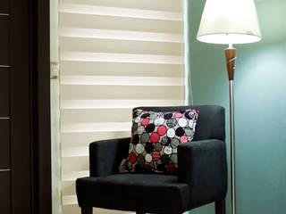 Sheer Elegance Regular:  de estilo  por Interiorismo 3P
