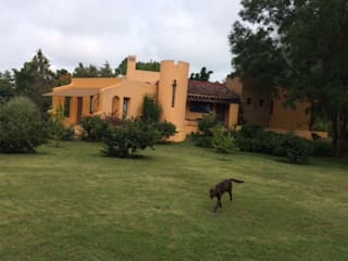 CASA DE CAMPO, H. ZITACUARO, MICHOACAN: Casas de estilo  por ECLIPSE ARQUITECTOS SA de cv