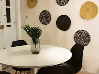 Scandinavian style dining room by IAM Interiores Scandinavian