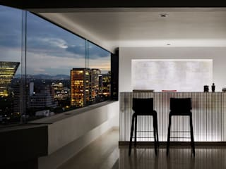 Harmony and Balance in the heart of Polanco, Mexico City. Bodegas modernas de Progressive Design Firm Moderno