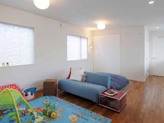 狭山:こだわりを持つ若夫婦のための家: JWA,Jun Watanabe & Associatesが手掛けた子供部屋です。