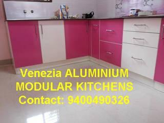 white FIELD KITCHEN CABINETS ALUMINIUM KITCHENS 9400490326:   by VENEZIA Kitchens & Home INTERORS
