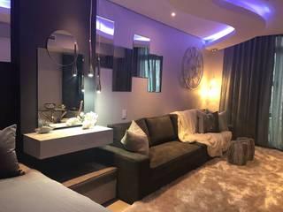 Studio Apartment: modern Living room by Adore Design