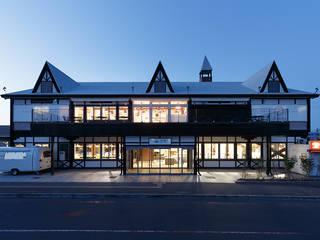 道の駅はなぞの: 株式会社ウエムラデザインが手掛けた商業空間です。