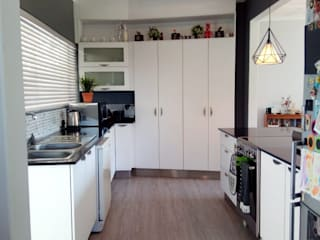Kitchen by Ergo Designer Kitchens and Cabinetry, Modern