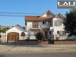 Casas de estilo colonial de Lau Arquitectos Colonial