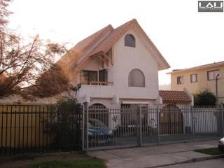 Casas de estilo clásico de Lau Arquitectos Clásico