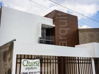 Casa Valle Luna 2013: Casas de estilo  por QUIRSA arquitectos
