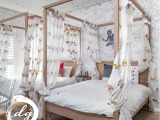 Colonial style nursery/kids room by Deborah Garth Interior Design International (Pty)Ltd Colonial