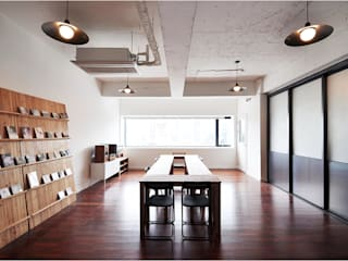 Offices & stores by (주)스튜디오360플랜 ,