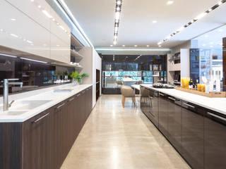 Studio Cicconi Dapur built in MDF Brown