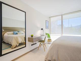 Scandinavian style bedroom by Klover Scandinavian