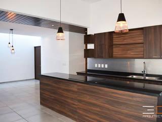 Residencia PC [León, Gto.] de 3C Arquitectos S.A. de C.V. Moderno Granito