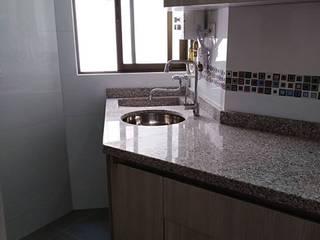 Kitchen by Erick Becerra Arquitecto,