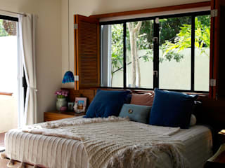Tropical style bedroom by Taller Veinte Tropical