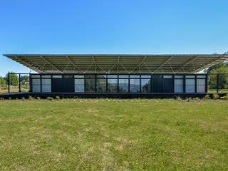 Fachada Norte: Casas de estilo  por mutarestudio Arquitectura