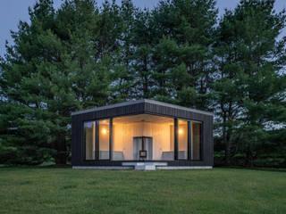 Gartenhaus mal anders Moderner Garten von Ecologic City Garden - Paul Marie Creation Modern