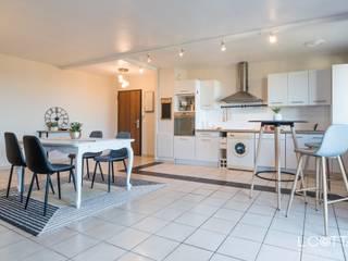Home staging:  de style  par Art's Déco val d'oise