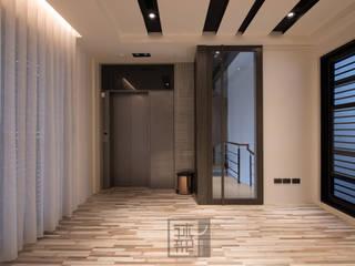 王公館:  健身房 by 沐築空間設計
