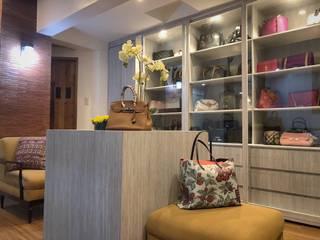 Closets  por SNS Lush Designs and Home Decor Consultancy, Moderno