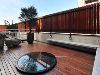 黃耀德建築師事務所 Adermark Design Studio Balcon, Veranda & Terrasse minimalistes