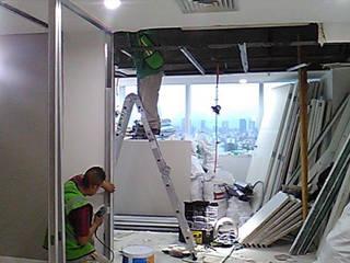 WTC PISO 19:  de estilo  por INTERIORISIMO