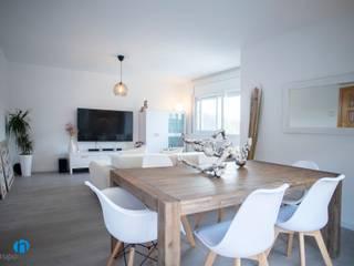 Grupo Inventia Salas de estilo escandinavo Concreto Blanco