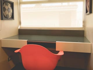 Remodelación de habitación Recámaras eclécticas de Mono Studio Ecléctico Compuestos de madera y plástico
