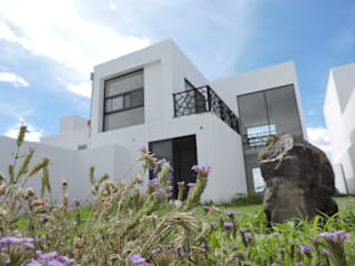 CASA  TRIGO: Casas de estilo  por ARQUITECTURA XILAT S DE RL