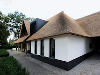 by Vermeer Architecten b.v.