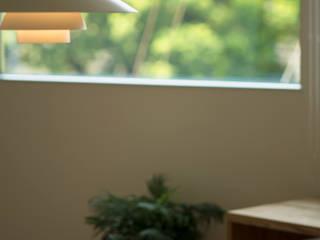 VISTA yuukistyle 友紀建築工房 モダンデザインの ダイニング