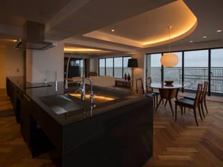 Salas de jantar modernas por yuukistyle 友紀建築工房 Moderno