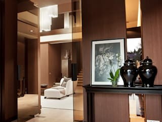 Eclectic style living room by AMG project Eclectic