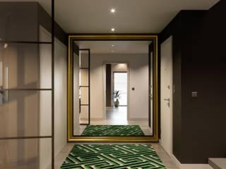 Inêz Fino Interiors, LDA industrial style corridor, hallway & stairs.