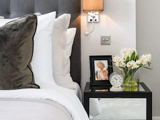 Dormitorios de estilo  por London Home Staging Ltd, Clásico