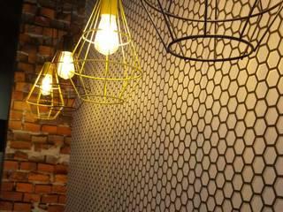Nacho Fest Paredes y pisos de estilo industrial de Contempo Deco Industrial