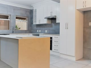 Zingana Kitchens and Cabinetry Cuisine classique Blanc