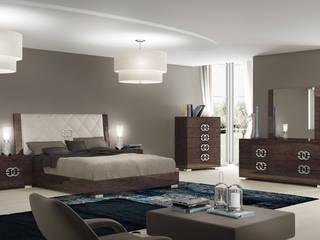 """Modernes Schlafzimmer aus der Kollektion """"Prestige"""" in Eiche Braun Hochglanz von SPELS-MÖBEL UG Klassisch"""