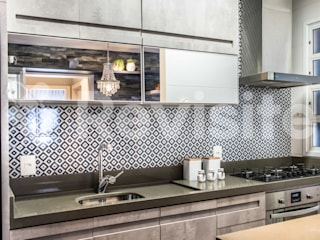 Revisite Modern kitchen