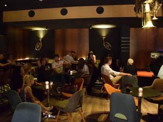 JAZzON Live Jazz Club Białystok: styl , w kategorii Bary i kluby zaprojektowany przez Projektowanie Wnętrz Kasya