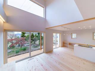 K-house モダンデザインの リビング の アトリエくら モダン