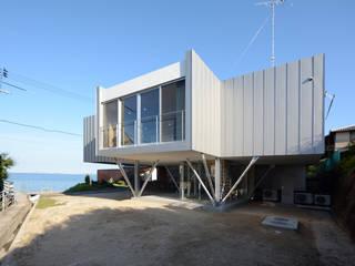 フラミンゴハウス: 土居建築工房が手掛けた一戸建て住宅です。