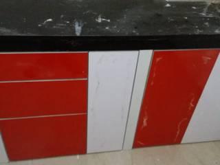 Low Budget Modular Kitchen in Kolkata:  Kitchen units by Estate Lookup Interiors