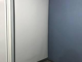 Persiana Enrollable BlackOut:  de estilo  por Villano Diseñeria Espacial