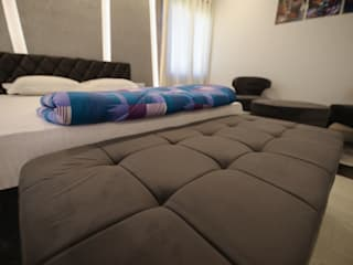 MultiMetals Guest House Modern style bedroom by Studio Fifi Modern