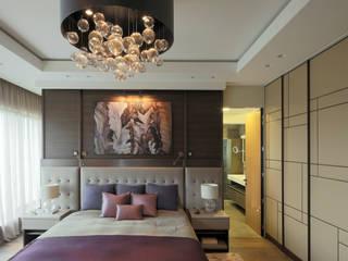モダンスタイルの寝室 の Art-In モダン