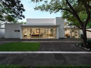 by Eduardo Alarcón Fotografía Arquitectónica Modern